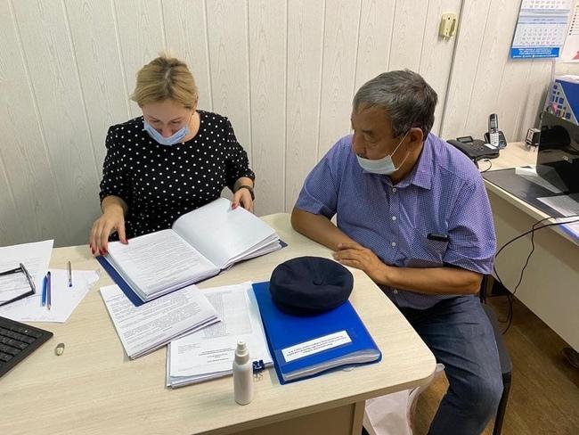 Самовыдвиженец Джуламанов сквозь суд добился регистрации в качестве кандидата в депутаты ЗС