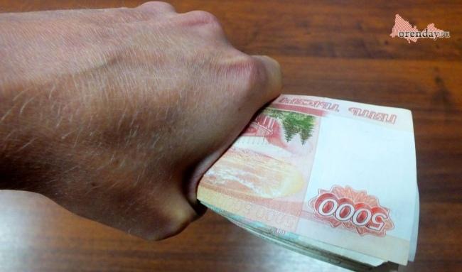 Владимир Путин предложил выплатить пенсионерам по 10 000 рублей